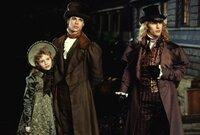 Auf der Jagd nach frischem Blut: die Vampire Claudia (Kirsten Dunst, l.), Louis (Brad Pitt, M.) und Lestat (Tom Cruise, r.) ...