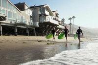 USA - Auf der grünen Welle Surfer am kalifornischen Strand SRF/SWR/Oliver Staubi
