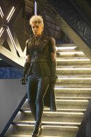 Im Jahre 2023 machen Sentinels, Roboter mit Superkräften, Jagd auf Mutanten. Nur eine kleine Gruppe überlebt. Storm (Halle Berry) und die restlichen X-Men müssen an einem Plan arbeiten, um die Roboter und deren Erfinder aufzuhalten, doch das fordert eine Reise in die Vergangenheit ...
