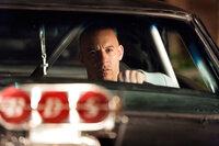Dom (Vin Diesel) kehrt in die USA zurück und findet sich plötzlich mitten in FBI-Ermittlungen gegen einen Drogenboss wieder ...