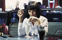 Mia Wallace (Uma Thurman) verdreht Vincent bei ihrem Treffen den Kopf.