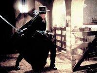 Alejandro Murrieta/Zorro (Antonio Banderas)
