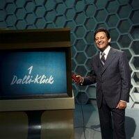 "Moderator Hans Rosenthal mit ""Dalli-Klick""."