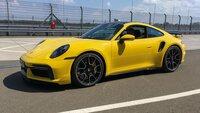 Das legendäre Design des 911er wird seit Jahrzehnten jeweils nur behutsam vom Automobilhersteller verändert.