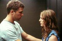 Simon Cable (Ryan Phillippe, l.); Clair (Sarah Polley, r.)