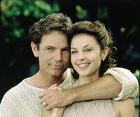 Führen scheinbar eine glückliche Ehe: Nick (Bruce Greenwood, l.) und seine attraktive Frau Libby (Ashley Judd, r.) ...