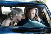 Gelingt es Ex-Elitesoldat und Chauffeur Frank Martin (Jason Statham), einen entführten Jungen aus den Fängen der Gangsterbraut Lola (Kate Nauta) zu befreien?