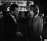 Holms Kriminalist (Rolf Herricht, l.); Lucie (Evelyn Cron, r.)