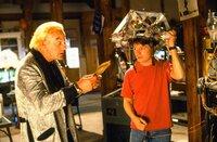 L-R: Doc Emmett Brown (Christopher Lloyd), Marty (Michael J. Fox)