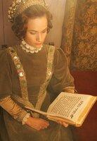 Doña Gracia ist die Nachfahrin zwangsgetaufter Juden. Im Europa Mitte des 16. Jahrhunderts kann sie ihren Glauben nur heimlich ausüben, nach außen ist sie Christin. Doña Gracia hat ein einflussreiches Bank- und Handelsimperium von ihrem Mann geerbt, sie hat Verbindungen in ganz Europa. Aber vor der katholischen Inquisition ist niemand sicher.