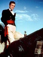 Colonel William Travis (Laurence Harvey) verteidigt mit seinen Maennern Fort Alamo, eine befestigte ehemalige Missionsstation, gegen die uebermaechtigen Mexikaner. ARD Degeto - honorarfrei, Verwendung nur im Zusammenhang mit o. g. Sendung bei Nennung Bild: ARD Degeto (S 2), Presse und Programmbetreuung (069) 1509-334 oder -335