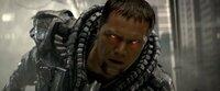 Bösewicht General Zod (Michael Shannon) glüht wortwörtlich für sein Ziel, die Vernichtung der Erde und die Wiedererschaffung seines Heimatplaneten Krypton ...