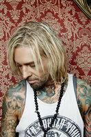 (1. Staffel) - Mick Marks Tattoos zieren sogar eine ganze Mode-Kollektion ...