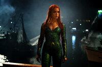 Mera (Amber Heard)
