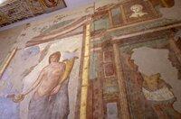 Überreste einer Wandmalerei in Narbonne: Anhand dieser spektakulären Funde lässt sich die Geschichte der Bewohner von Narbo Martius erzählen und deren Herkunft, Sitten und Lebensweise rekonstruieren.