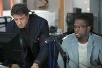 L-R: Breslin (Sylvester Stallone) und Hush (50 Cent)