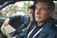 Der Polizist Max Brogan (Harrison Ford) versucht, sich seine Menschlichkeit zu bewahren.