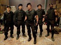 Jet Li (Yin Yang), Jason Statham (Lee Christmas), Sylvester Stallone (Barney 'The Schizo' Ross), Randy Couture (Toll Raod), Terry Crews (Hale Caesar).
