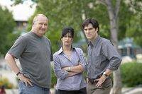 """Für Mitch Benson (Thomas Gibson,r.), Amy Harkin (Nancy McKeon) und """"Tornado Tommy"""" (Randy Quaid,l.) beginnt ein Rennen gegen die Zeit - und die Naturgewalten."""