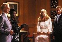 V.l.: Zorin (Christopher Walken), May Day (Grace Jones), Stacey (Tanya Roberts), James Bond (Roger Moore)