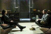 Als Brennans (Emily Deschanel) Alpträume immer schlimmer werden, begibt sie sich in therapeutische Behandlung und sucht Dr. Brandon Faulk (Timothy Sanders Guinee) auf, der auch der Therapeut des letzten Opfers gewesen ist.