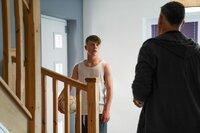Wird Dillon (Patrick Ward) jemals den Ansprüchen seines Vaters Graham (Julian Lewis Jones) genügen können?