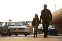 (v.l.n.r.) Laura (Dafne Keen); Logan (Hugh Jackman)