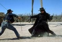 Zorro (Antonio Banderas) kreuzt wieder die Klinge ...