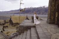 Theodons Nichte Eowyn (Miranda Otto) muss erfahren, dass Aragorns Herz einer anderen gehört ...