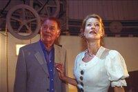 Im Bild: Eberhard Gatzweiler (Klausjürgen Wussow), Hanna (Suzanne von Borsody).