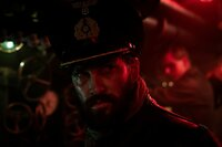 Robert Ehrenberg (Franz Dinda) hat genug von den Erniedrigungen Wrangels und sinnt auf Rache.