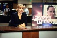 Journalistin Jenny Lerner (Téa Leoni) wird beauftragt, Hintergrundinformationen zum Rücktritt des Staatssekretärs zu sammeln. Was sie dabei entdeckt, übersteigt ihre Vorstellungskraft bei Weitem.