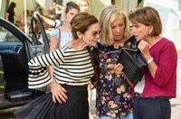 Rettung für das Tanzcafé: Kiki (Hanelore Elsner, li.), Helga (Jutta Speidel) und Maria (Uschi Glas, re.) haben einen Plan.
