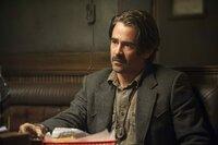 Detective Ray Velcoro (Colin Farrell)