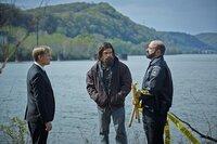 Ulrich Thomsen als Kai Proctor (l.), Antony Starr als Lucas Hood (in der Mitte), Matt Servito als Brock Lotus (r.)