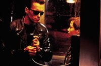Arnold Schwarzenegger (Terminator), Edward Furlong (John Connor).
