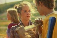 Virginia Wainwright (Melissa Sue Anderson, l.); Etienne Vercures (Michel Rene Labelle, r.)