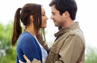 Allen Widerständen und Intrigen zum Trotz verlieben sich Sydney White (Amanda Bynes, l.) und Tyler Prince (Matthew Long, r.) ineinander. Das kann Rachel natürlich nicht ungestraft lassen ...