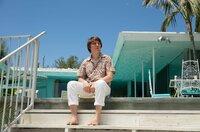 Der gerade mal zwanzigjährige Brian (Paul Dano) hält dem Druck der Plattenfirma und seines tyrannischen Vater nicht lange stand.