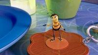 """""""Bee Movie - Das Honigkomplott"""", 'DreamWorks'-Animation ('Shrek', 'Madagascar') vom Feinsten. Kultkomiker Jerry Seinfeld ist als Produzent und Drehbuchautor Garant dafür, dass der Film nicht nur jungen Sehern, sondern der ganzen Familie honigsüße Comedy-Kost zu bieten hat. Die abenteuerlustige Biene Barry B. Benson hat gerade das College absolviert. Jetzt will Barry mehr vom Leben, als tagtäglich Honig zu sammeln. Kurzerhand verlässt er seinen in New Yorks Central Park gelegenen Bienenstock. Als er die liebenswürdige Floristin Vanessa kennenlernt und bricht mit dem größten Tabu des Bienenvolks und spricht mit ihr. Mit der Hilfe seiner neuen Freundin zieht Barry vor den Obersten Gerichtshof, damit Menschen die emsigen Bienen nicht weiter ihres Honigs berauben.  SENDUNG: ORF eins - DO - 11.06.2020 - 08:35 UHR. - Veroeffentlichung fuer Pressezwecke honorarfrei ausschliesslich im Zusammenhang mit oben genannter Sendung oder Veranstaltung des ORF bei Urhebernennung."""