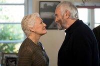 Joan (Glenn Close) und Joe (Jonathan Pryce) haben viel gemeinsam erreicht.