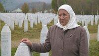 Fadila Efendic verlor während des Massakers in Srebrenica ihren Mann und ihren Sohn. Ihre sterblichen Überreste wurden erst Jahre später in einem Massengrab entdeckt.