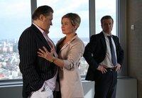 Will Stern (Michael Brandner) platzt in eine Unterredung zwischen Markus (Roland Koch) und seiner Frau Sophia (Susanne Schäfer).