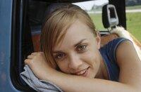 Muss feststellen, dass sie drei Versager als Rettungsschwimmer auf die Urlauber losgelassen hat: Lisa (Frederike Kempter) ...
