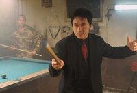 Im Einsatz gegen das organisierte Verbrechen vertraut Inspektor Lee (Jackie Chan) völlig auf seine asiatische Kampftechnik ...
