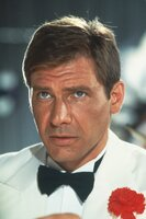 """Im Nachtclub """"Obi Wan"""" in Shanghai ist Indiana (Harrison Ford) beinahe nicht mehr wiederzuerkennen ..."""