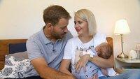 Anna und Gerald freuen sich jetzt endlich eine kleine Familie zu sein. +++