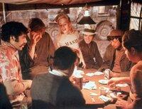 V.l.:  Trapper John McIntyre (Elliott Gould), Hawkeye Pierce (Donald Sutherland), Margaret 'Hot Lips' O'Houlihan (Sally Kellerman)