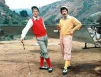 Hawkeye Pierce (Donald Sutherland, l.) und Trapper John McIntyre (Elliott Gould)