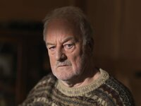 MAINSTREET PICTURES FOR  ITV  UNFORGOTTEN  EPISODE 1  Pictured :  BERNARD HILL as Father Robert Greaves.  Photographer: JOHN ROGERS  This image is the copyright of ITV and must be credited. The images are for one use only and to be used in relation to UNFORGOTTEN, any further usage could incur a fee.